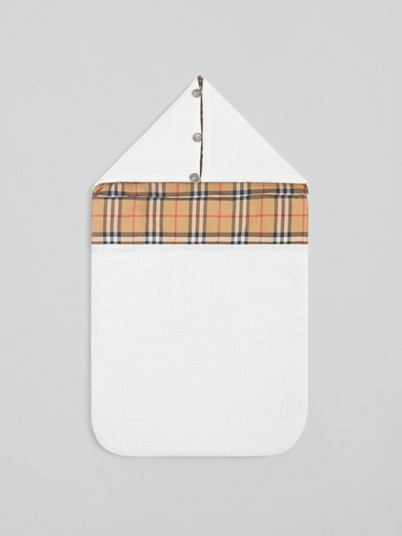Vintage Check Cotton Baby Nest in White