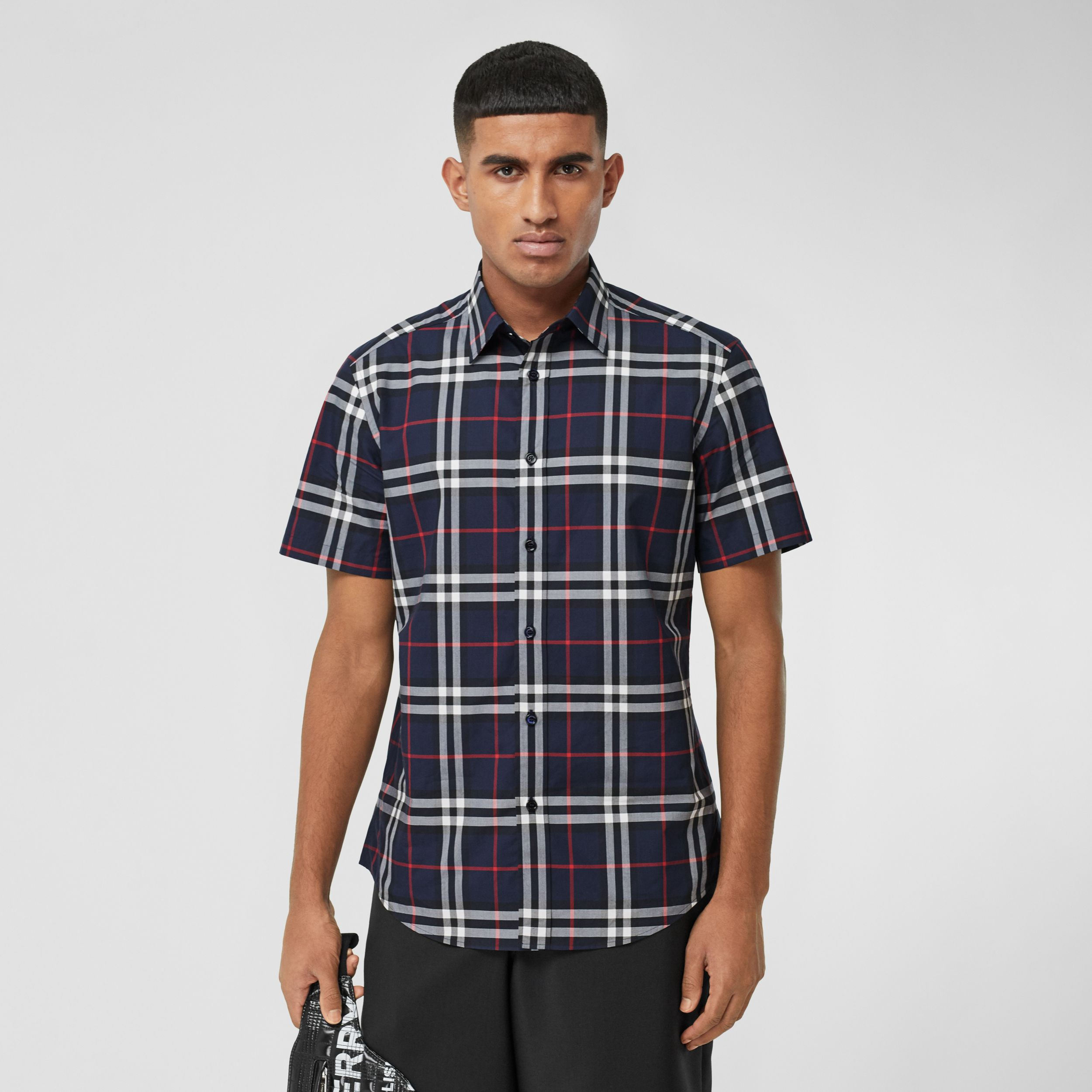 Short-sleeve Check Cotton Poplin Shirt in Navy - Men | Burberry Canada - 1