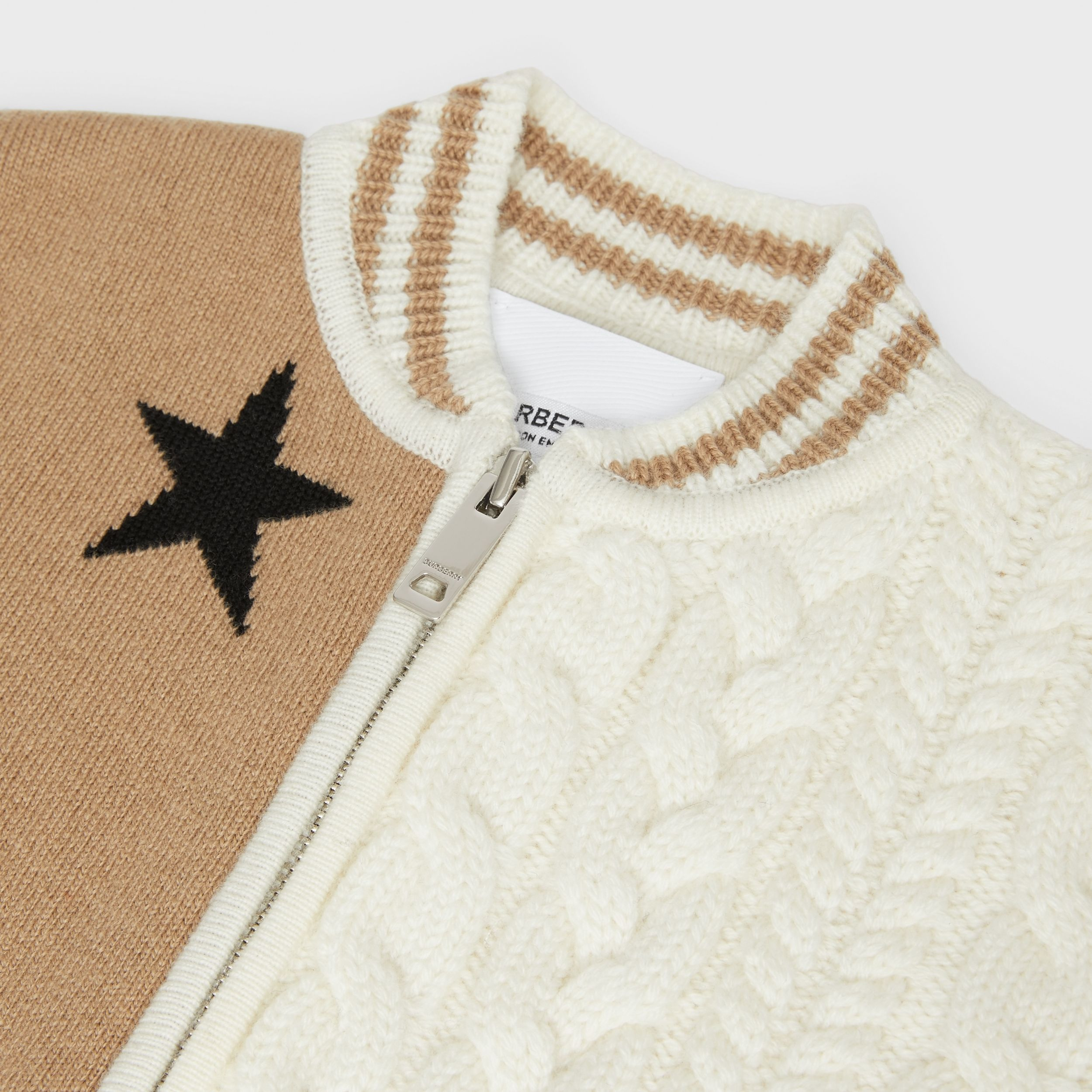 Star and Monogram Motif Wool Cashmere Blend Jacket in Archive Beige - Children | Burberry Hong Kong S.A.R. - 2