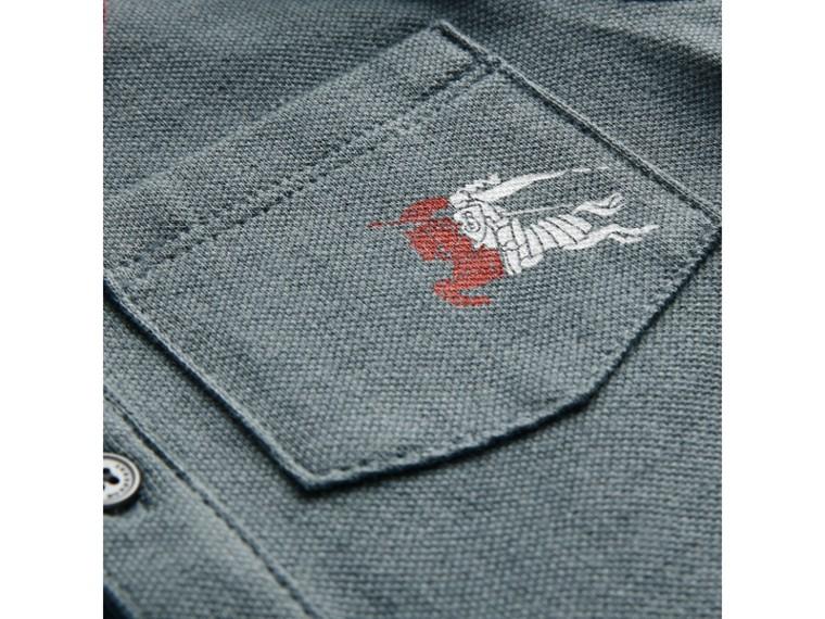 條紋細節棉質珠地網眼 Polo 衫 (蜜粉藍) | Burberry - cell image 1