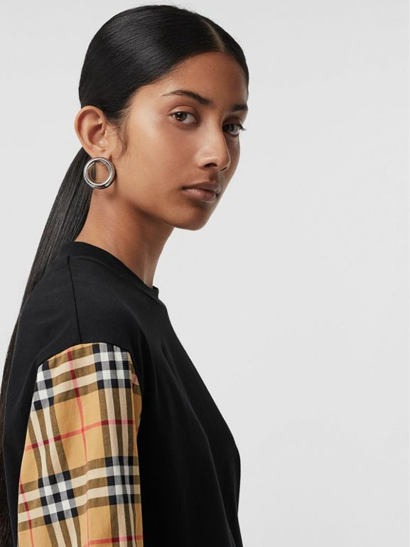 Vintage Check-sleeve Cotton Oversized T-shirt in Black - Women | Burberry Canada - cell image 1