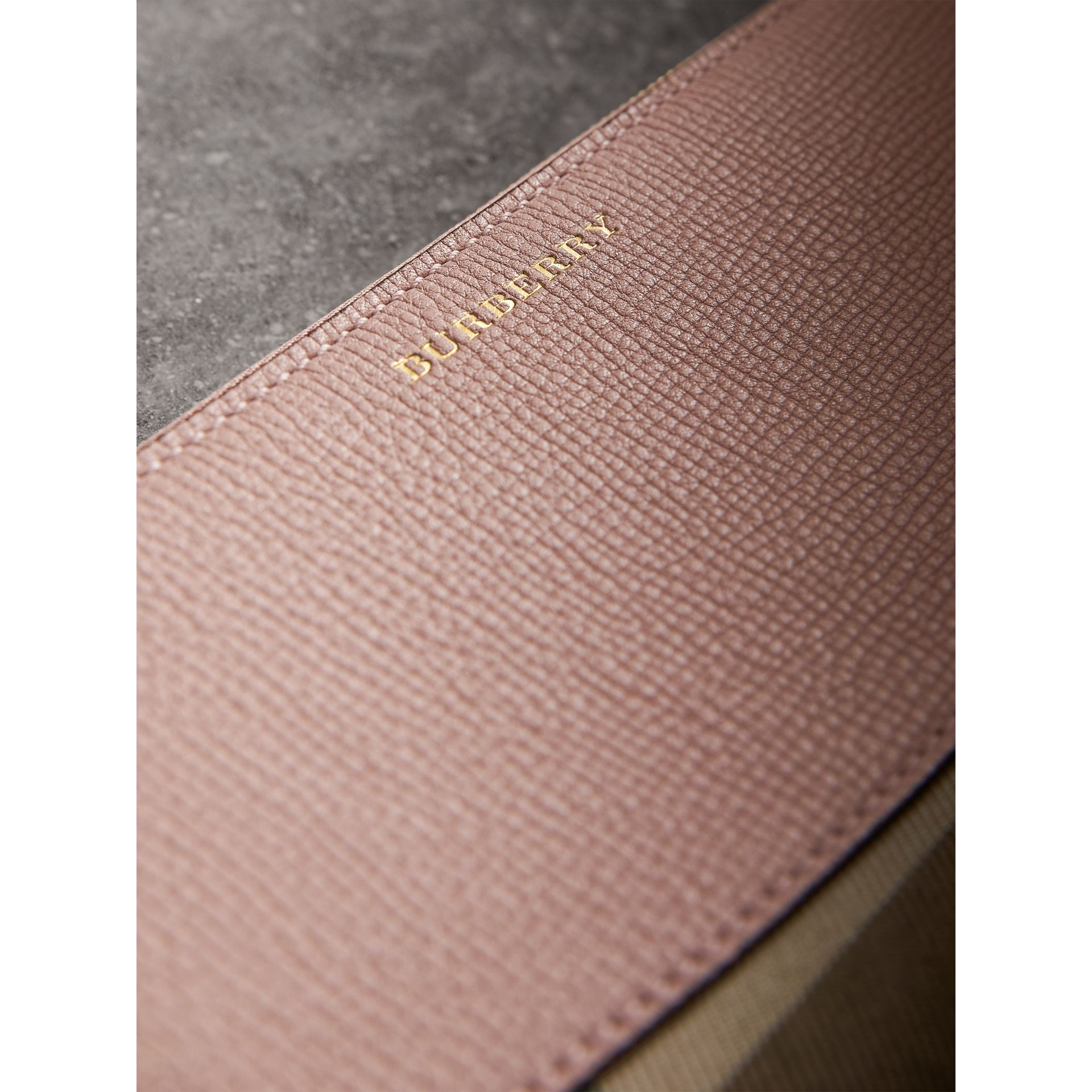 House Check and Leather Ziparound Wallet in Pale Orchid - Women | Burberry Hong Kong - gallery image 2