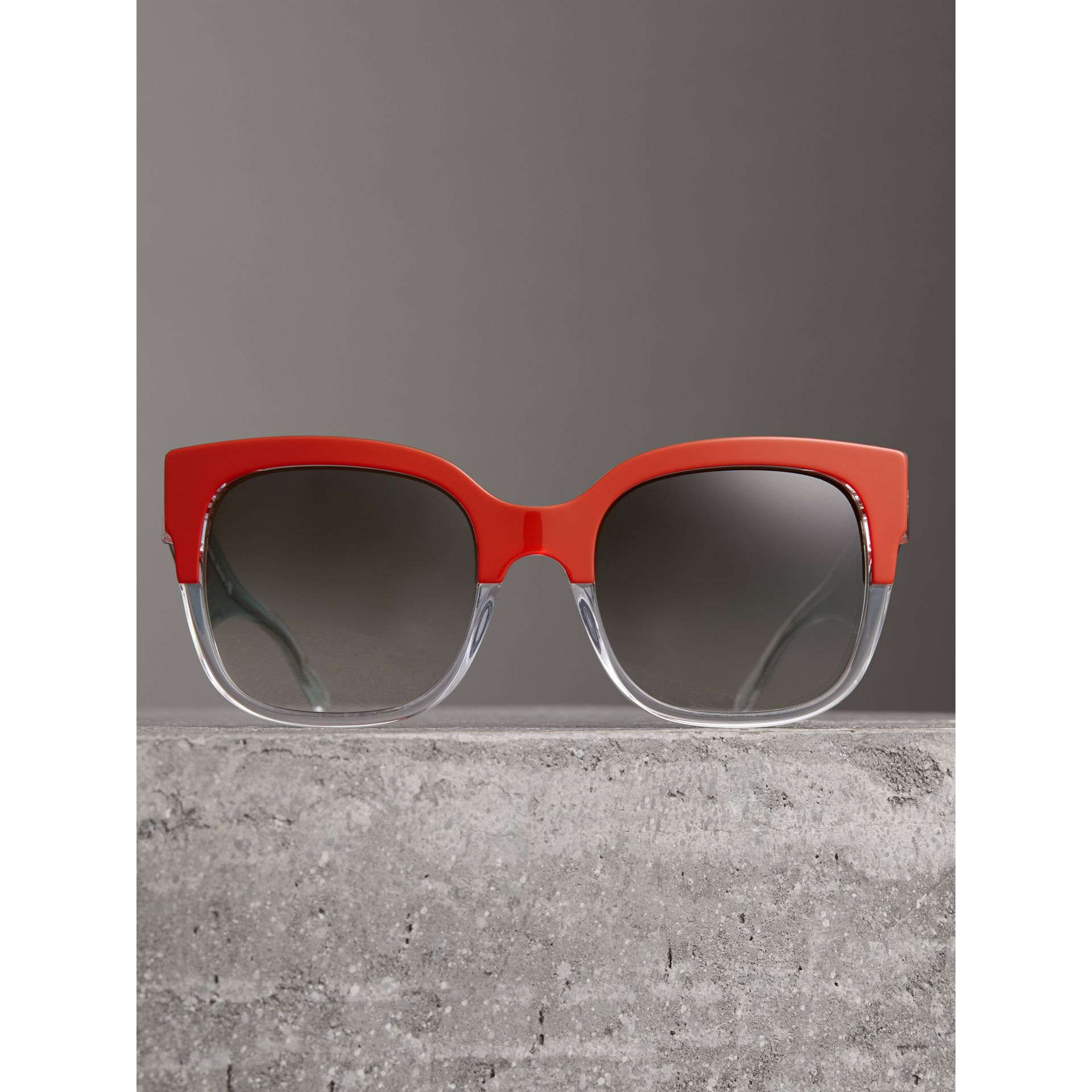 Two-tone Oversize Square Frame Sunglasses in Orange - Women | Burberry Singapore - gallery image 3