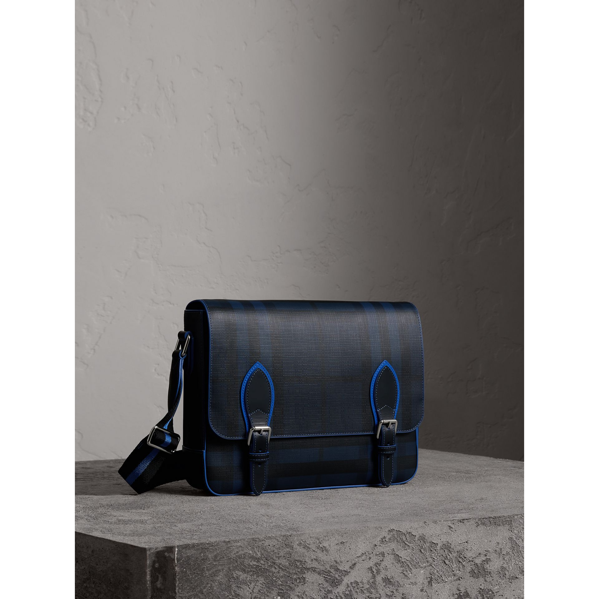 Medium Two-tone London Check Messenger Bag in Navy/blue - Men | Burberry Hong Kong - gallery image 5
