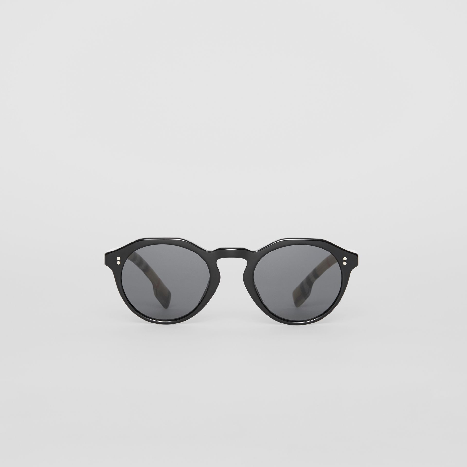 Vintage Check Detail Round Frame Sunglasses in Black/beige - Men | Burberry Hong Kong - gallery image 0