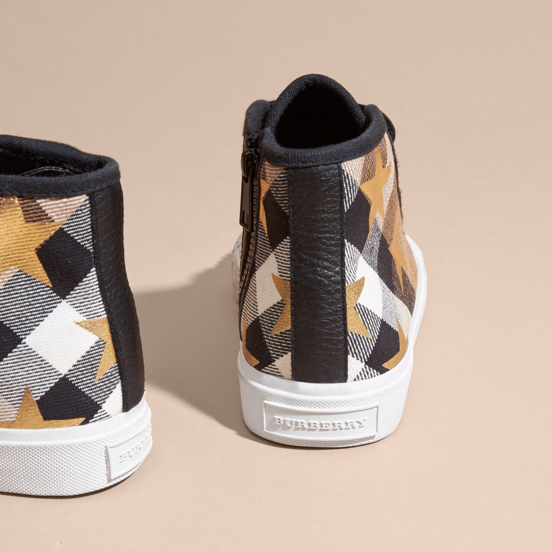 House check/black House Check and Star High-top Trainers - gallery image 4