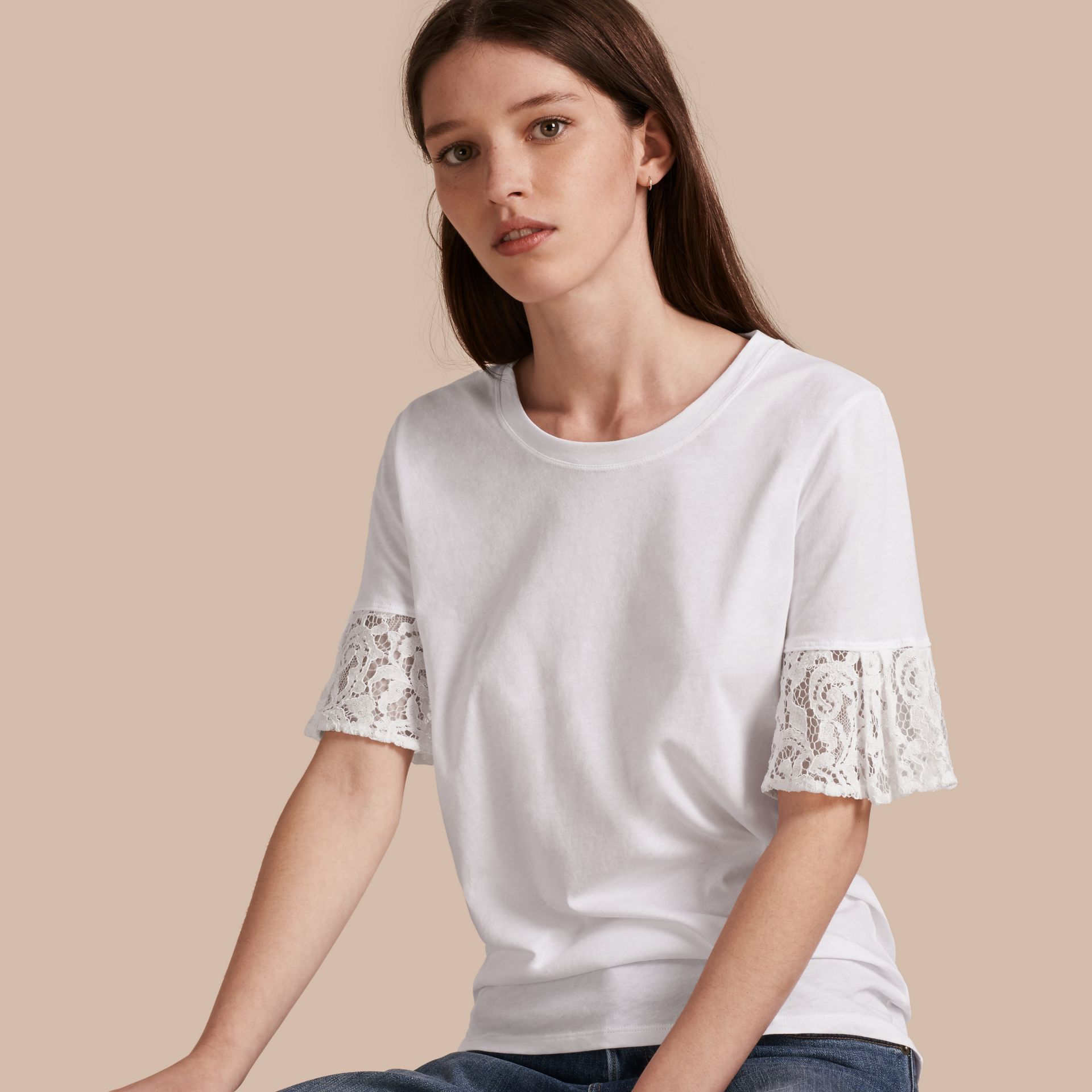 Lace Trim Cotton T-shirt in White - gallery image 1