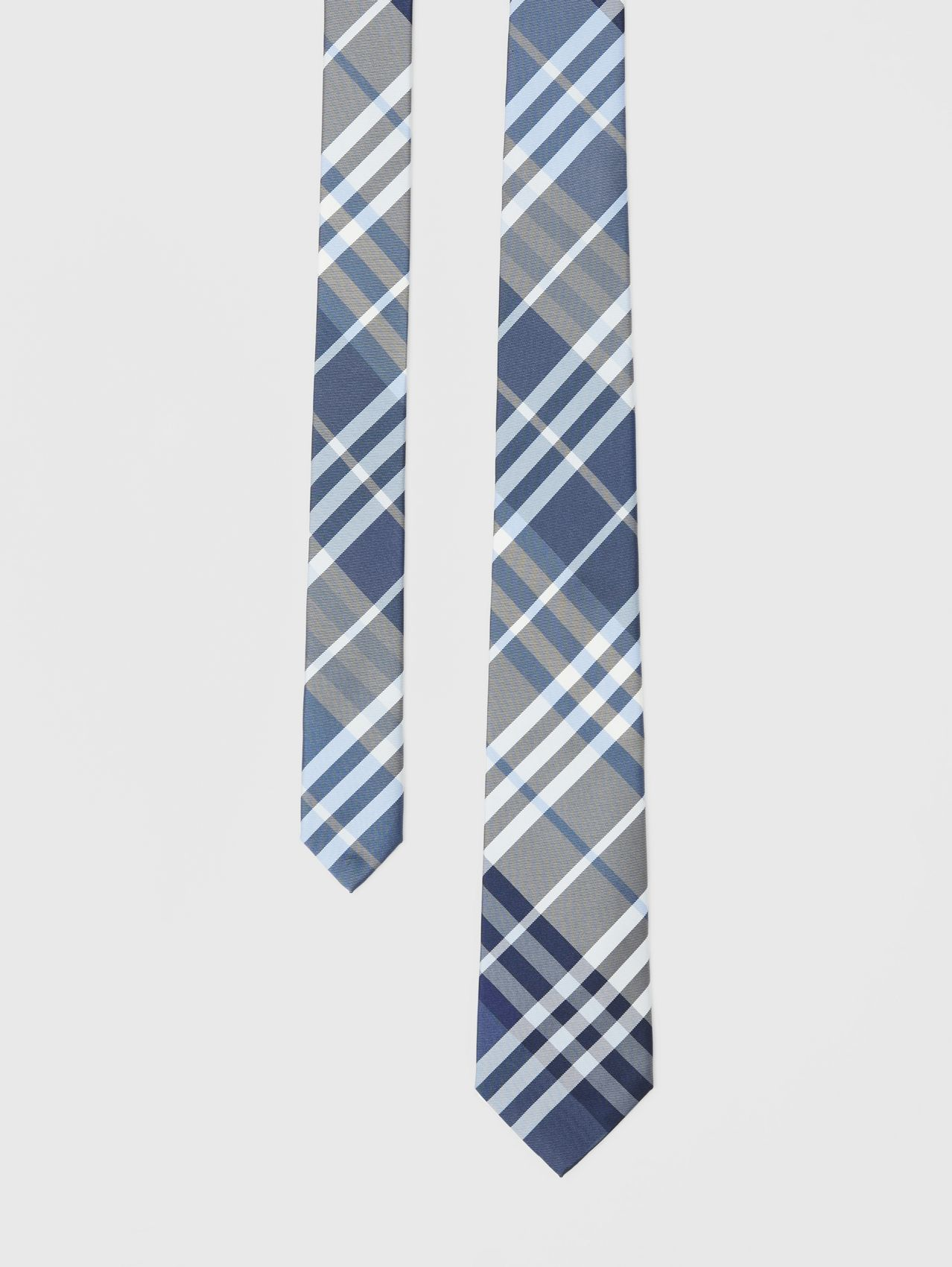 Classic Cut Check Silk Tie in Pale Blue