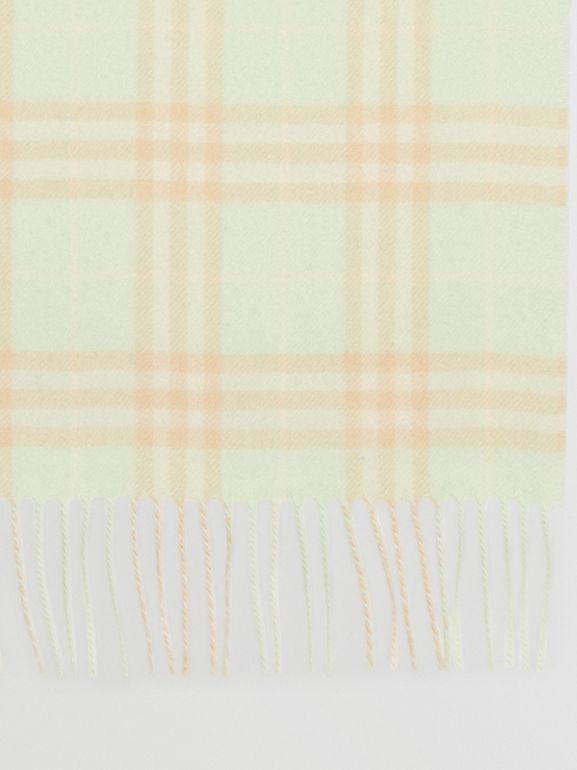 The Classic Vintage Check Cashmere Scarf in Pistachio | Burberry - cell image 1