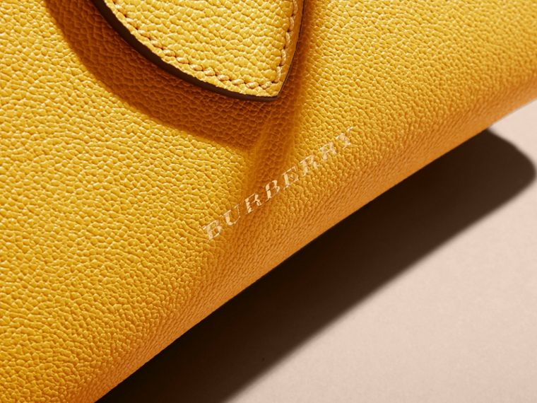 The Small Buckle Tote in Grainy Leather in Bright Straw - Women | Burberry - cell image 1