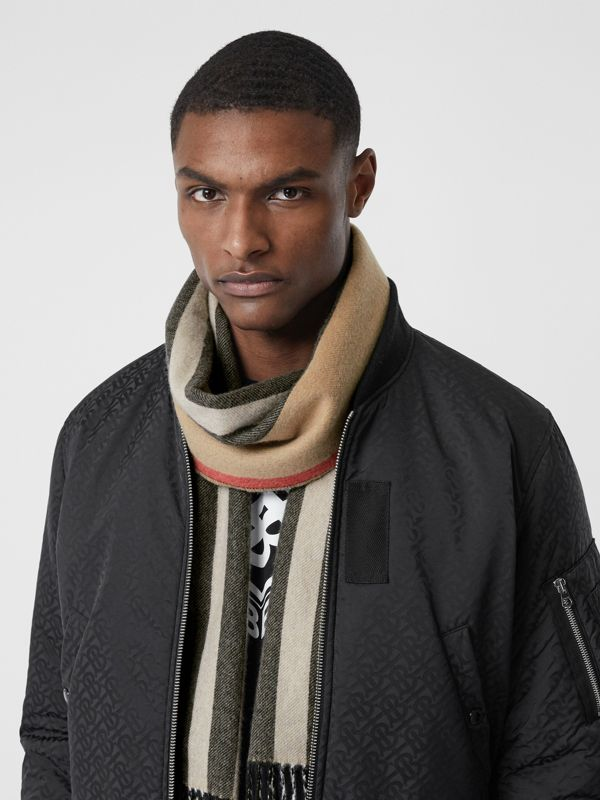 Reversible Icon Stripe Cashmere Scarf in Archive Beige | Burberry Canada - cell image 3