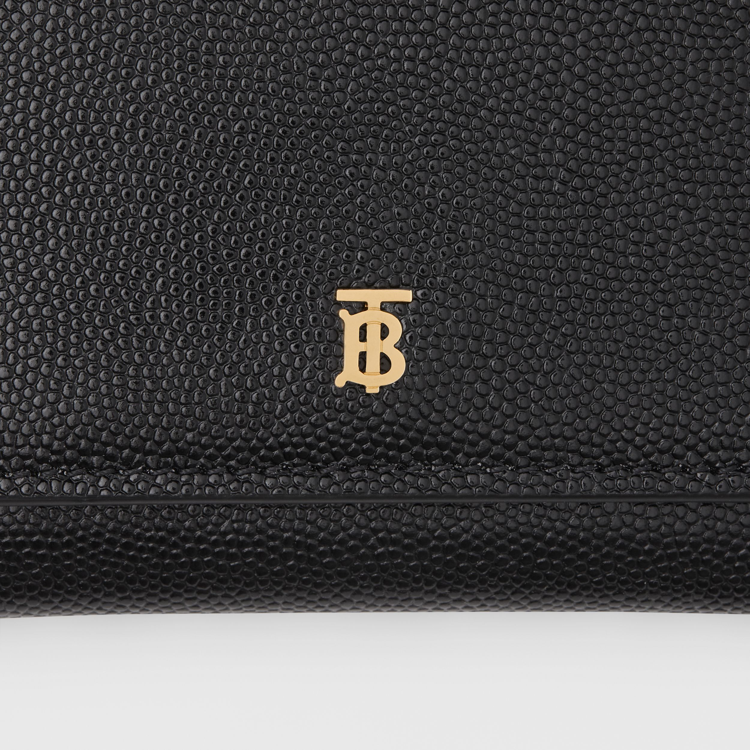 Grainy Leather ID Card Case in Black - Women | Burberry - 2