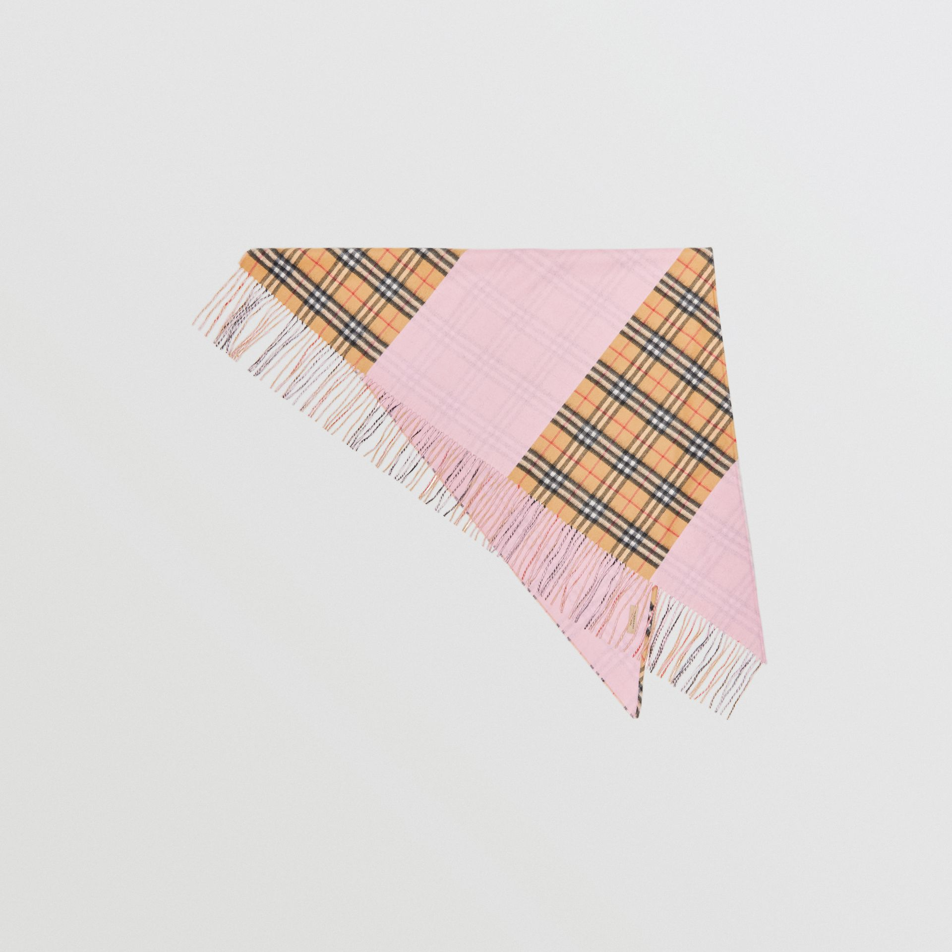 The Burberry Bandana in cashmere con motivo Vintage check (Rosa Pallido) | Burberry - immagine della galleria 0