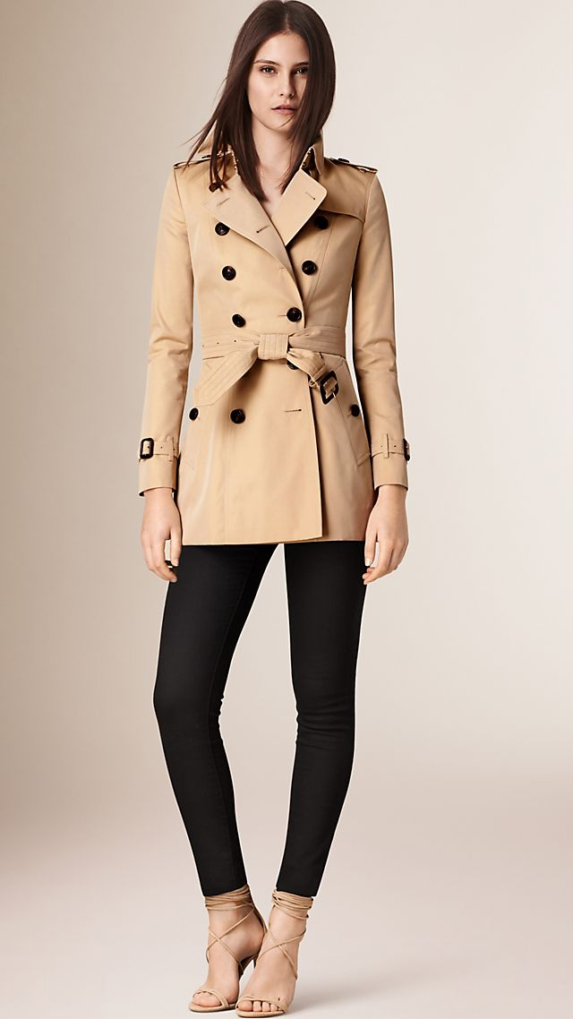 The Chelsea Short Heritage Trench Coat