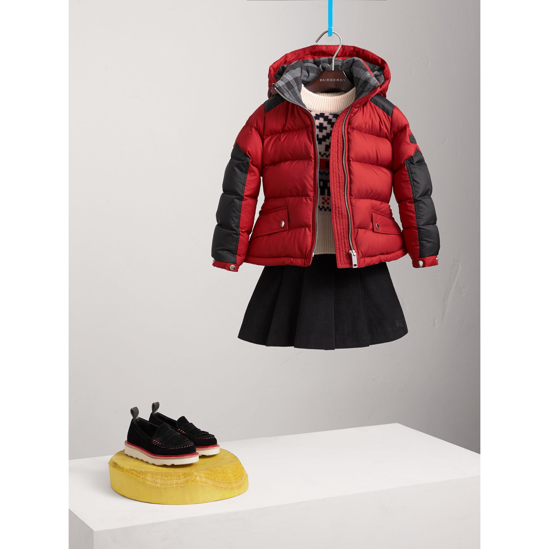Detachable Hood Two-tone Puffer Coat in Parade Red - Girl | Burberry - gallery image 0