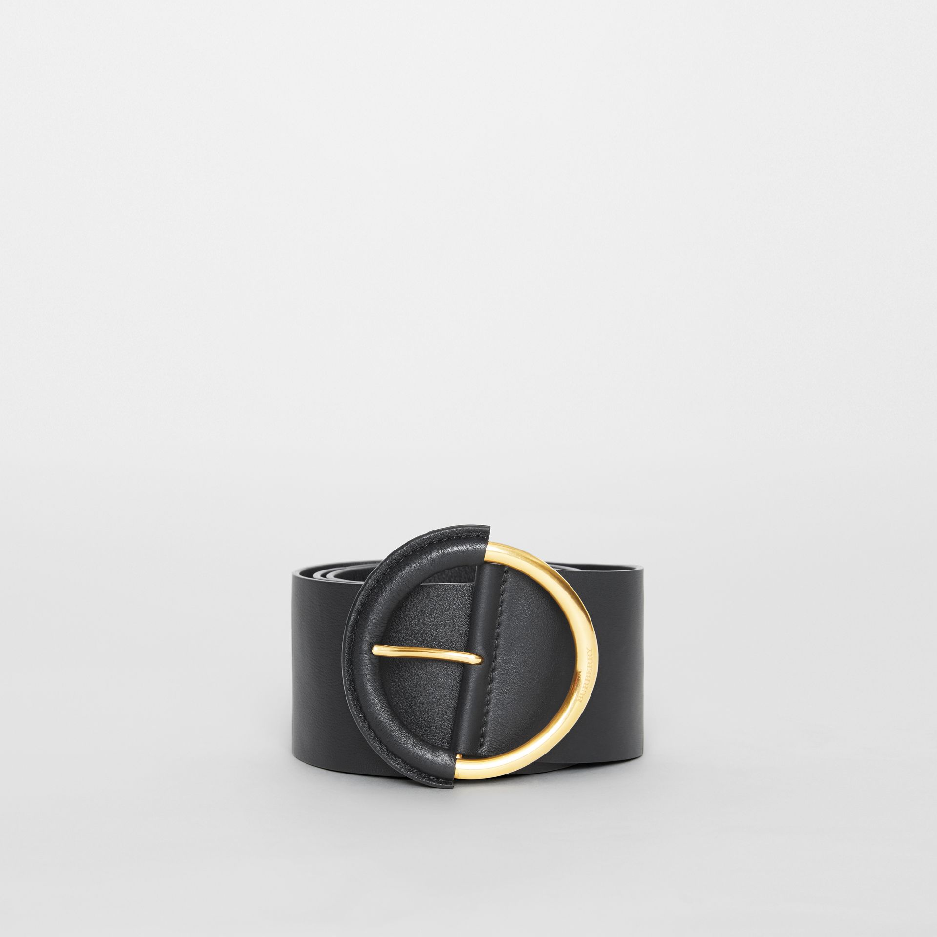 Round Buckle Leather Belt in Black - Women | Burberry - gallery image 2