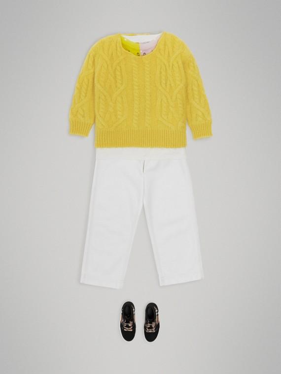 Pullover aus Mohairwolle mit Zopfmuster (Leuchtendes Gelb)