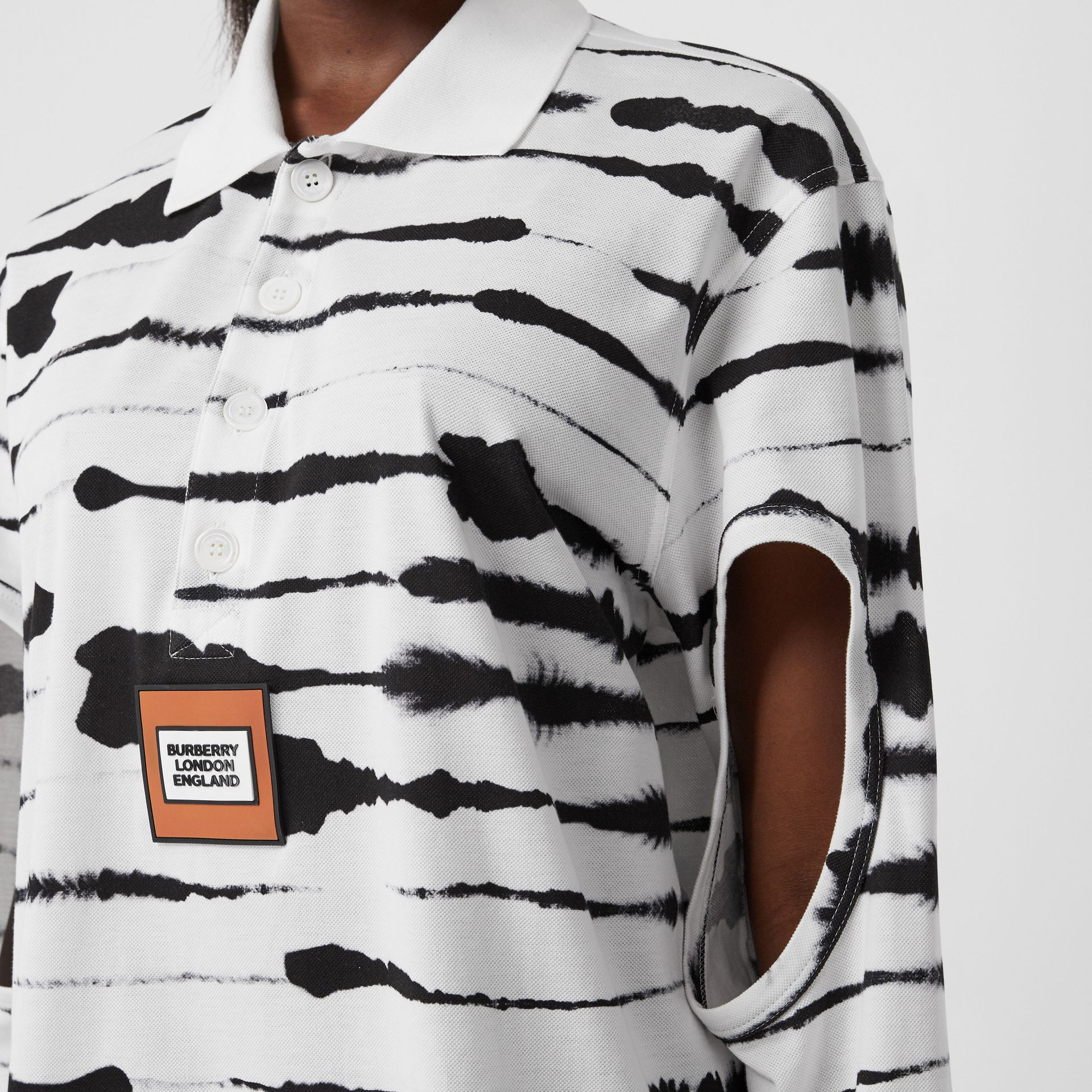 Cut-out Sleeve Watercolour Print Cotton Polo Shirt in Monochrome - Women | Burberry United Kingdom - gallery image 1