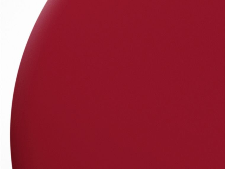 Nail Polish – Parade Red No.305 - cell image 1