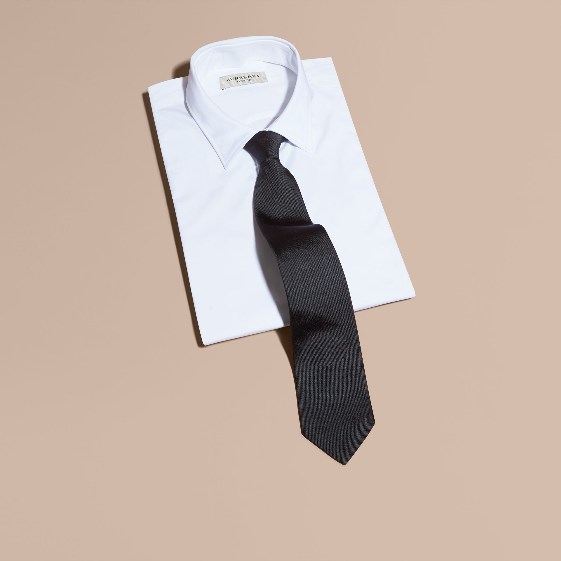 Black Modern Cut Silk Twill Tie Black - gallery image 4
