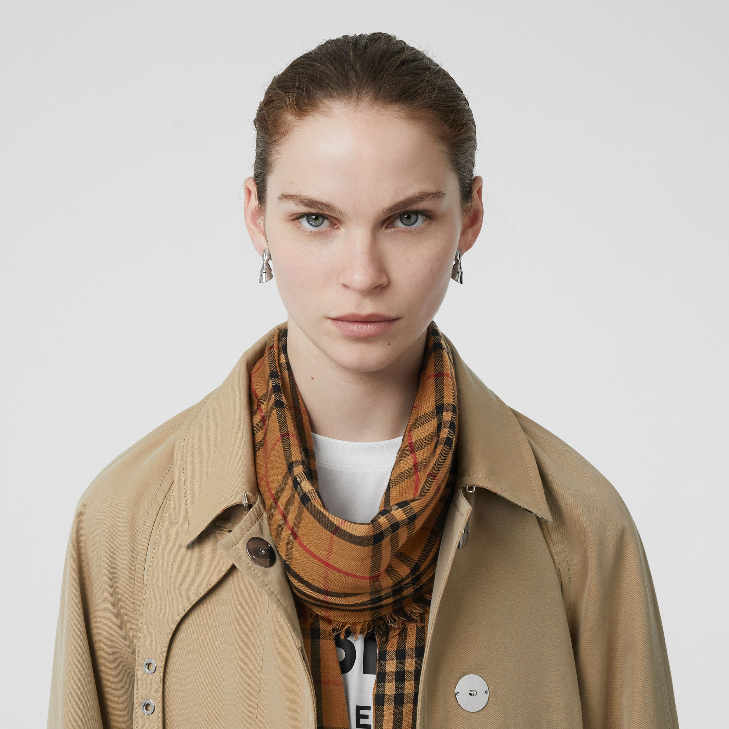 Embroidered Vintage Check Lightweight Cashmere Scarf in Overdyed Camel | Burberry - 3