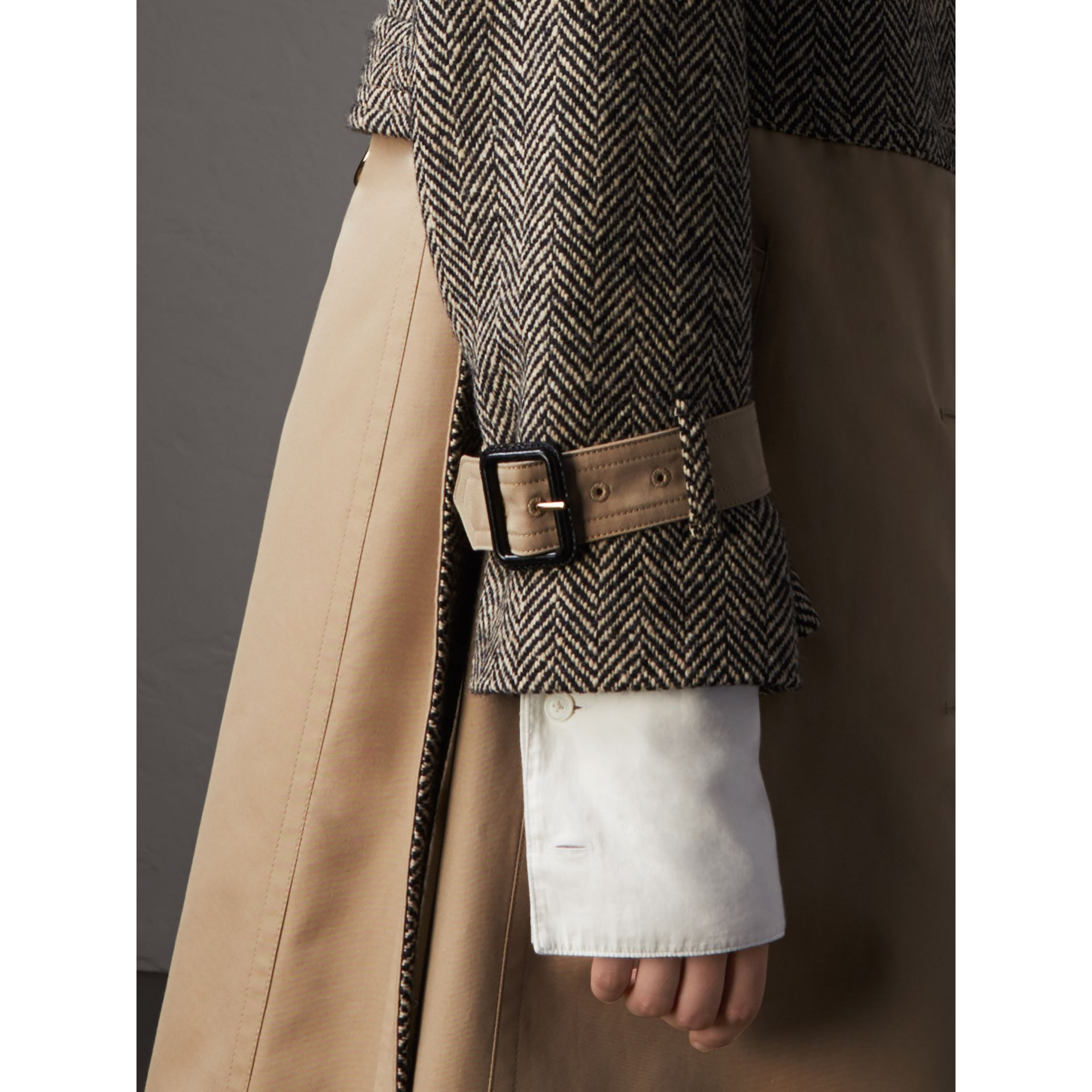 Donegal Tweed and Cotton Gabardine Trench Coat in Natural White/black - Women | Burberry - gallery image 5