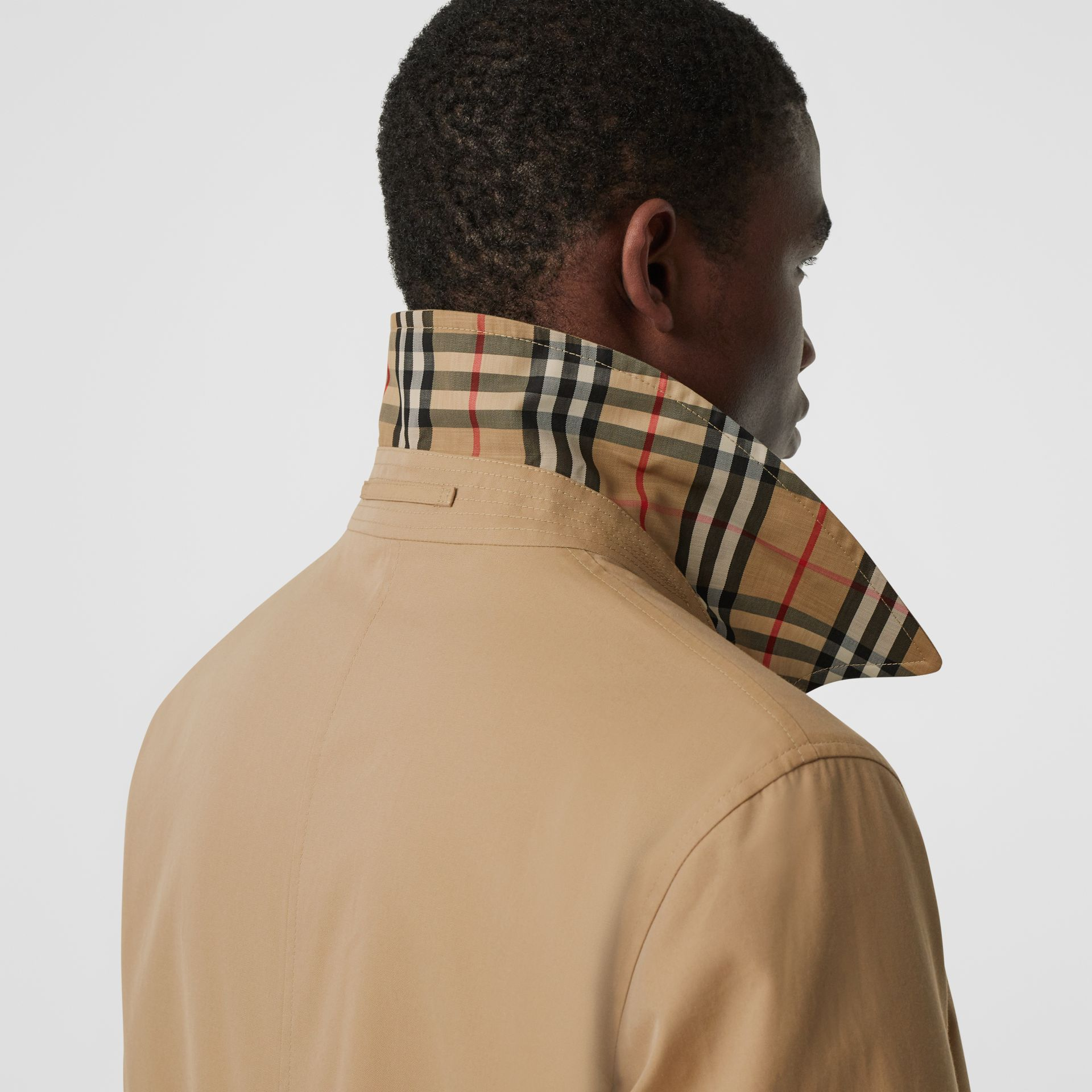Reversible Vintage Check Recycled Polyester Car Coat in Archive Beige - Men | Burberry - gallery image 4