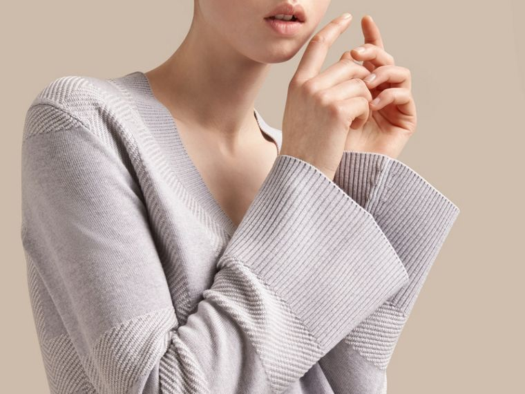 Check Merino Wool Silk Cotton V-neck Sweater in Pale Grey Melange - Women | Burberry Australia - cell image 4