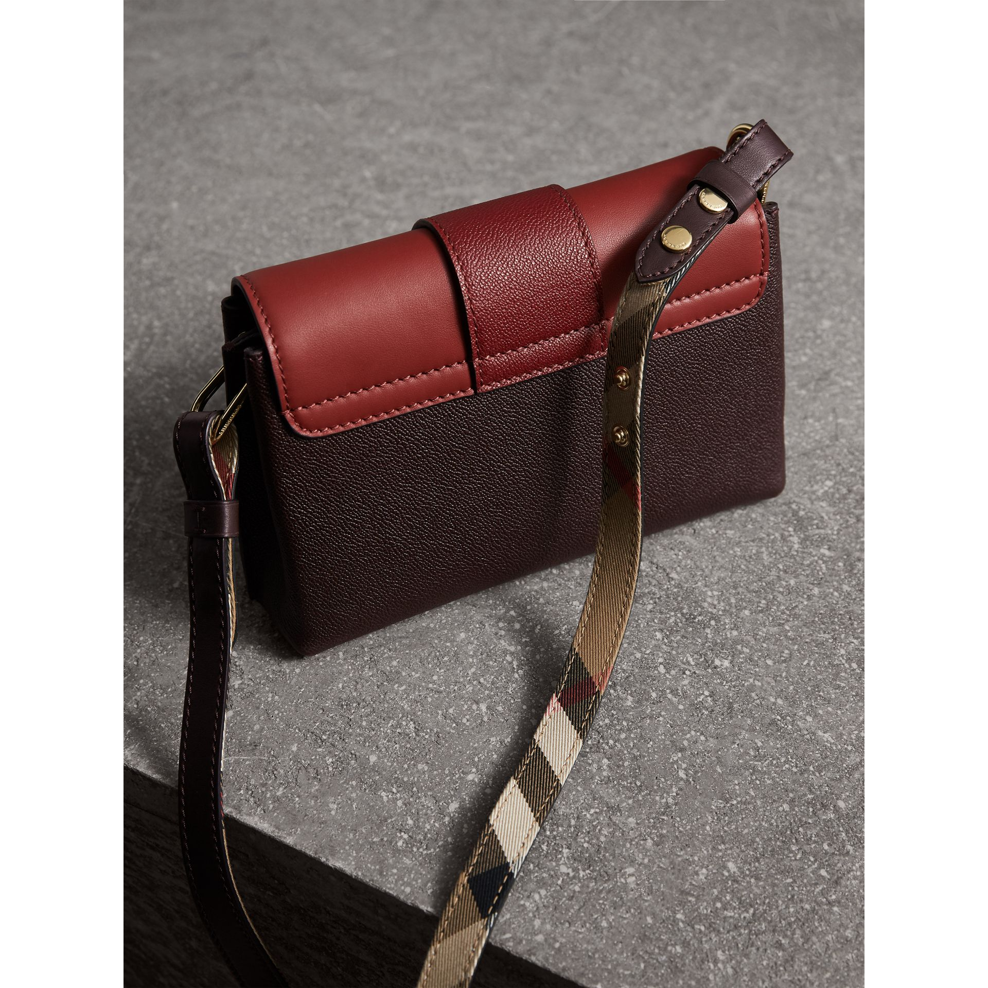 The Buckle Crossbody Bag in Colour-block Leather in Burgundy - Women | Burberry - gallery image 5
