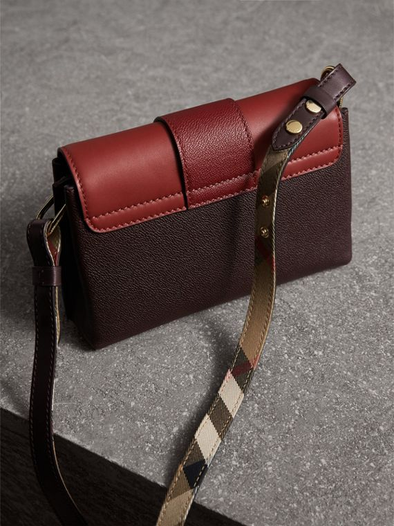 The Buckle Crossbody Bag in Colour-block Leather in Burgundy - Women | Burberry - cell image 2