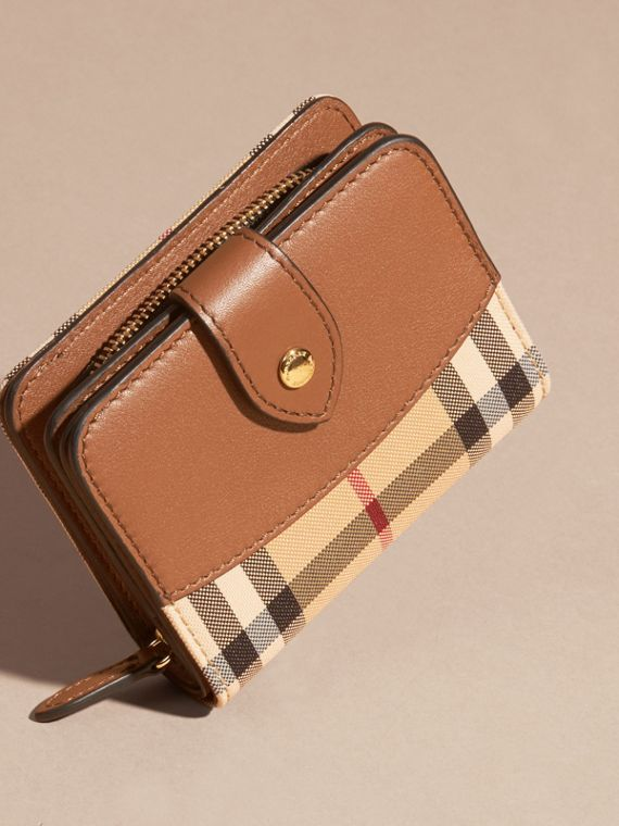 Tan Horseferry Check and Leather Wallet Tan - cell image 2