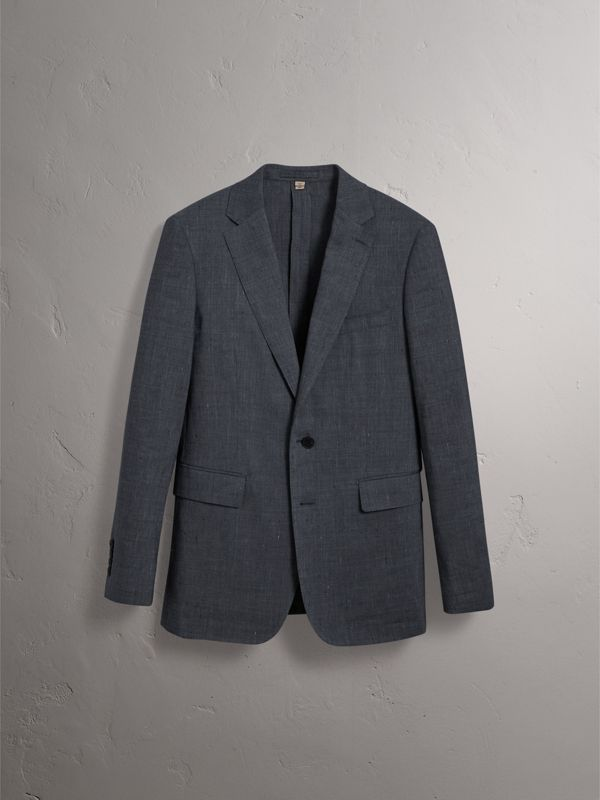 Soho Fit Linen Wool Three-piece Suit in Pale Slate Blue - Men | Burberry United Kingdom - cell image 3