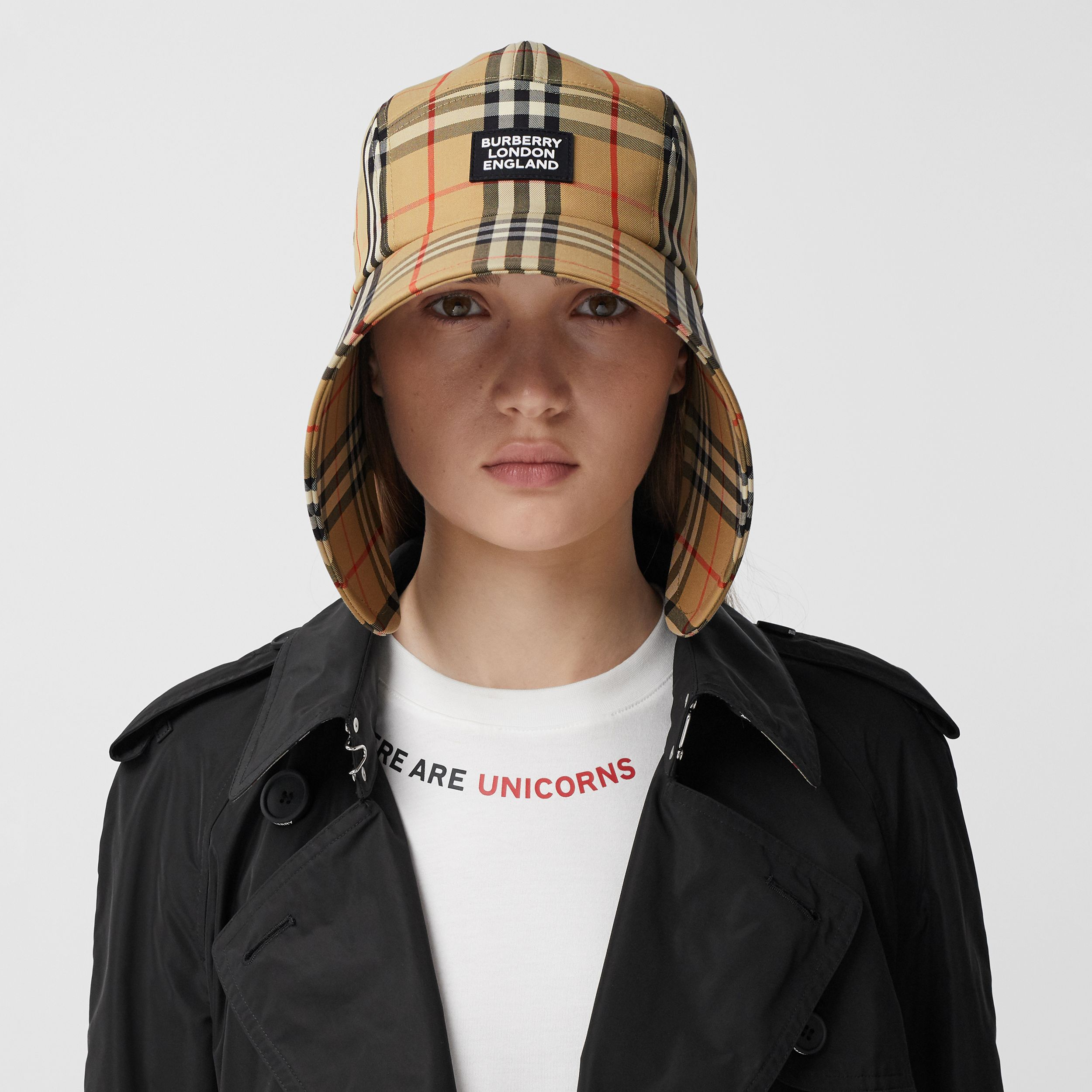 Logo Appliqué Vintage Check Bonnet Cap in Archive Beige | Burberry Singapore - 3