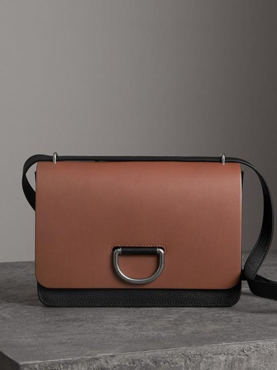 The Medium Leather D-ring Bag in Tan/black