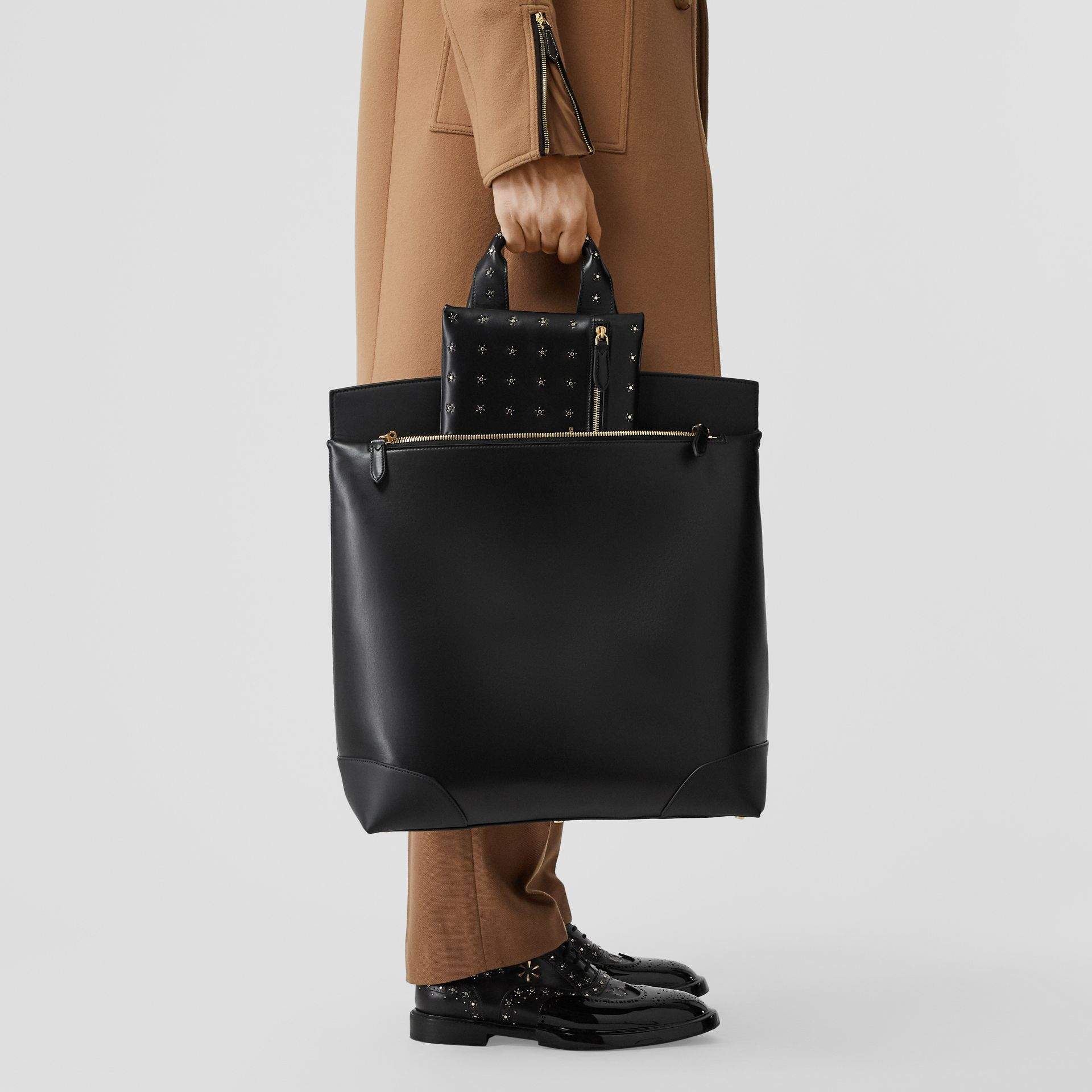 Leather Portrait Society Tote in Black - Men | Burberry United States - gallery image 1
