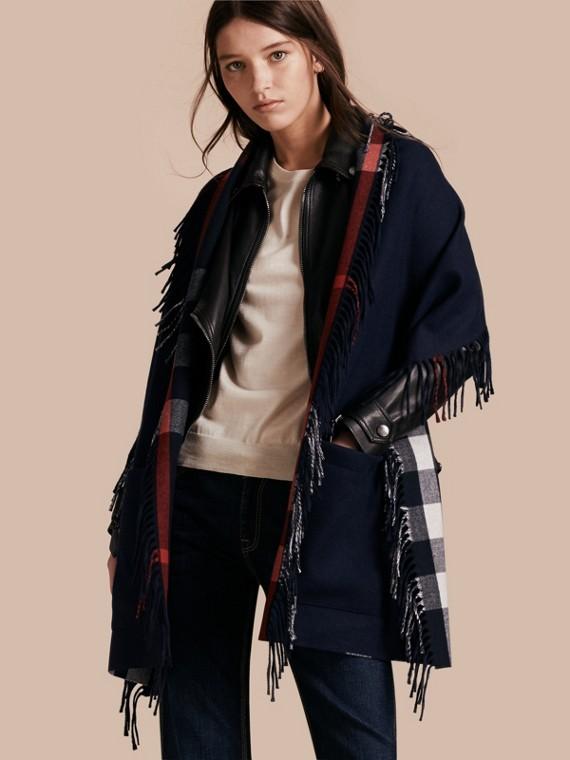 Stola in cashmere e lana Merino con frange Navy/blu Indaco