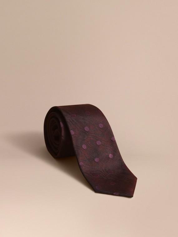 Modern Cut Polka Dot Silk Tie in Deep Claret - Men | Burberry