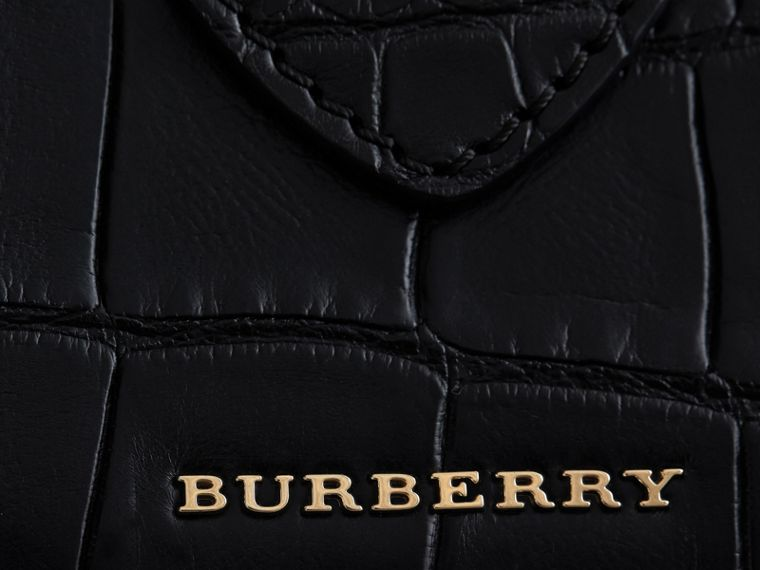 The Medium Buckle Tote in Alligator in Black - Women | Burberry - cell image 4