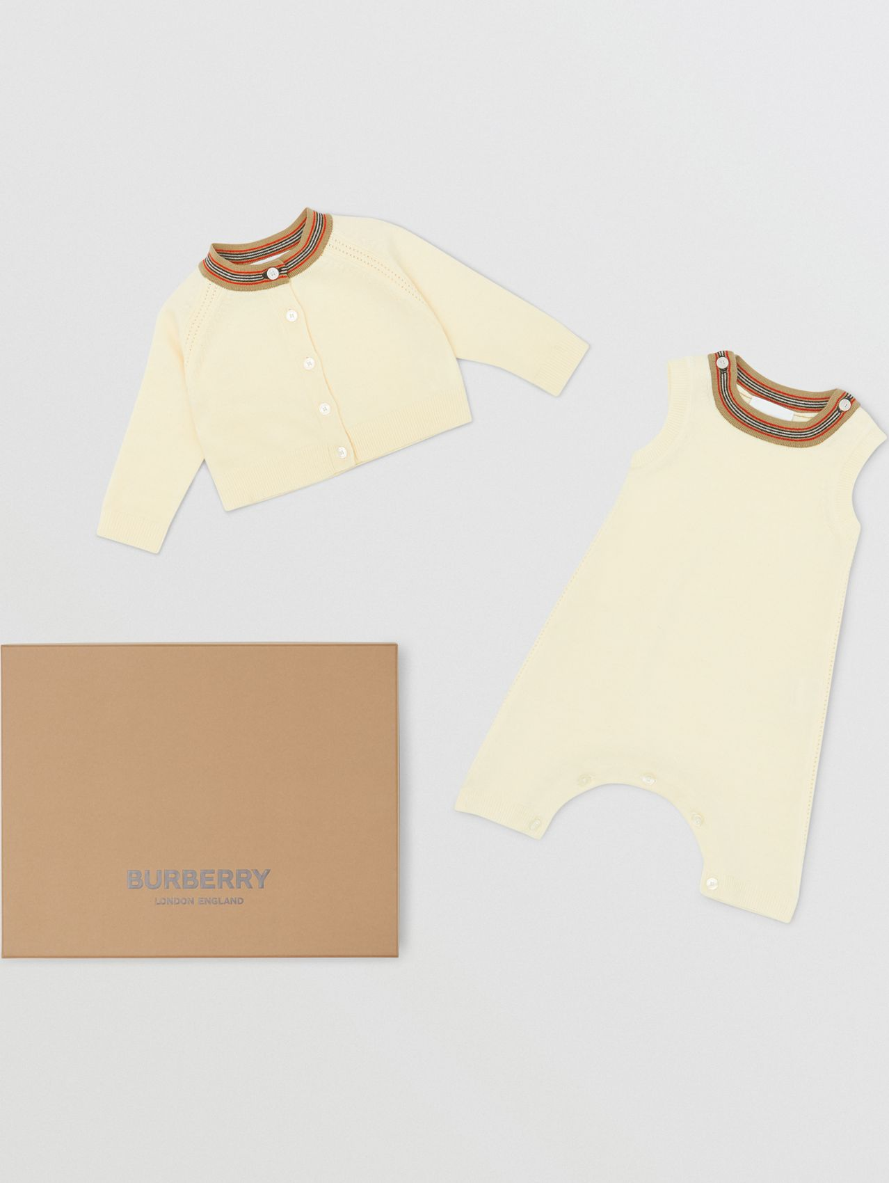 Icon Stripe Trim Merino Wool Two-piece Baby Gift Set in Ivory