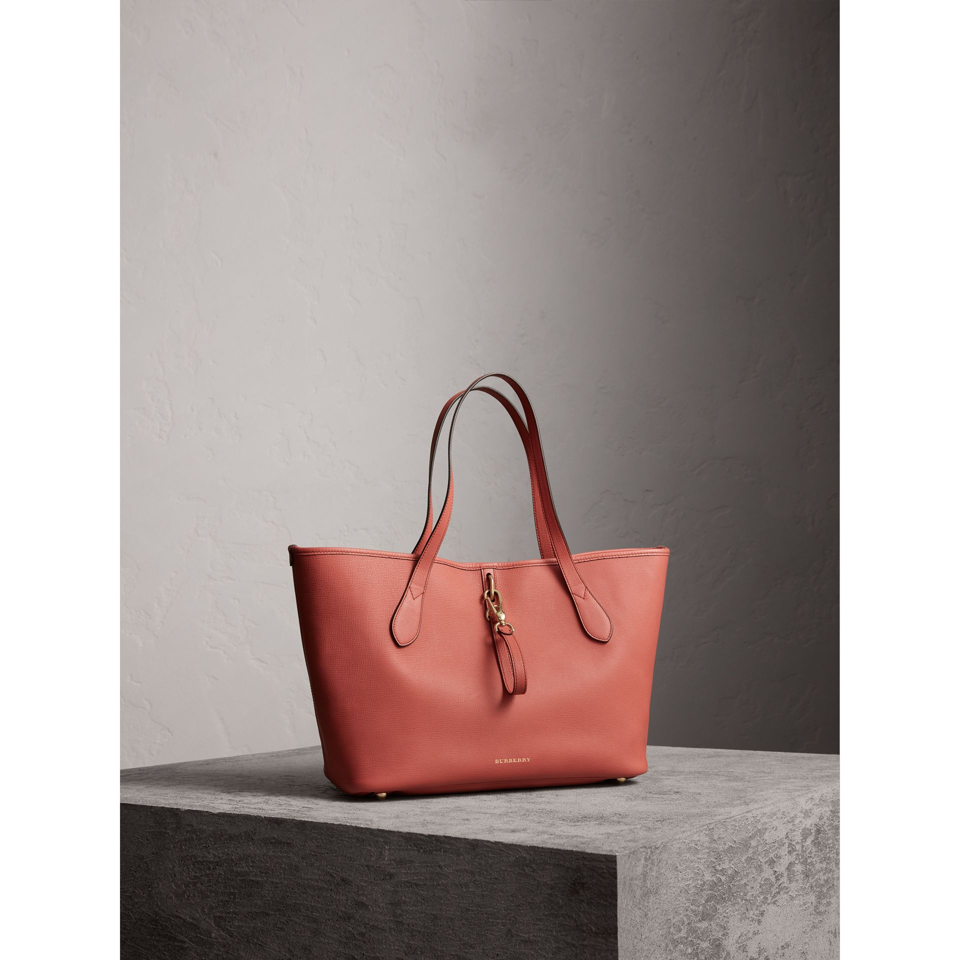Medium Grainy Leather Tote Bag in Cinnamon Red - Women | Burberry - gallery image 1