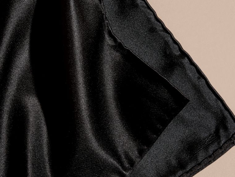 Silk Pocket Square Black - cell image 1
