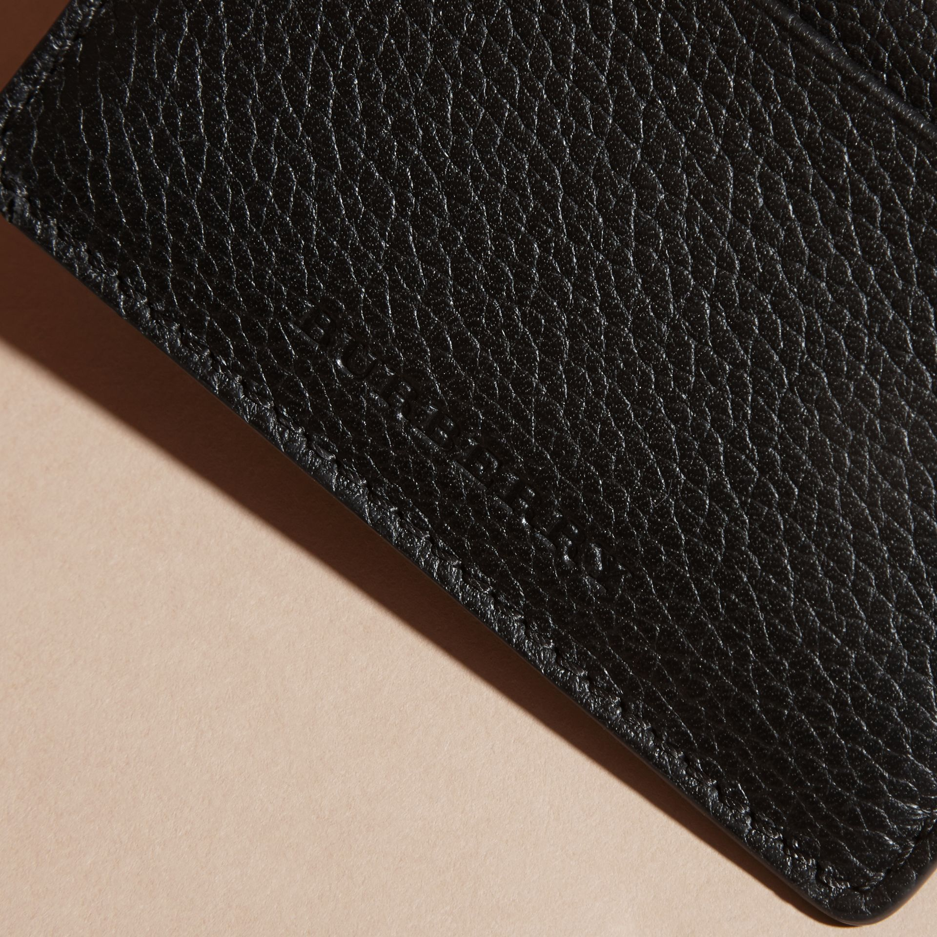 Black Grainy London Leather Card Case Black - gallery image 3