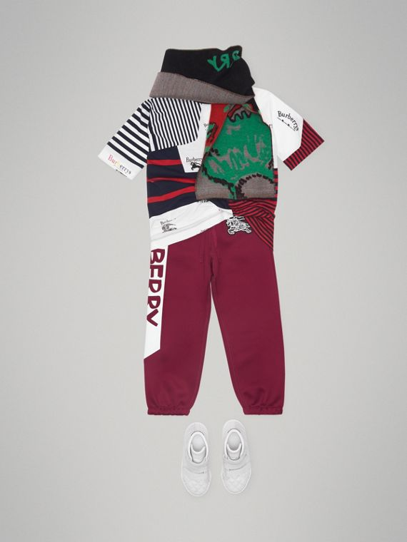 Graffiti Print Jersey Sweatpants in Burgundy