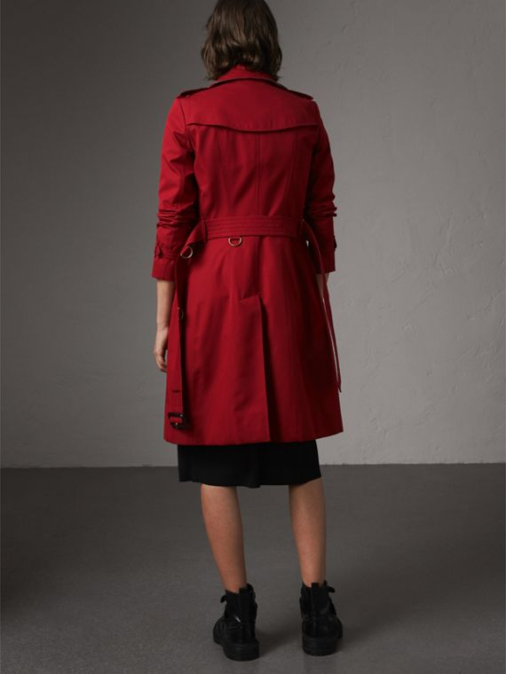 The Chelsea – Long Trench Coat in Parade Red - Women | Burberry - cell image 2