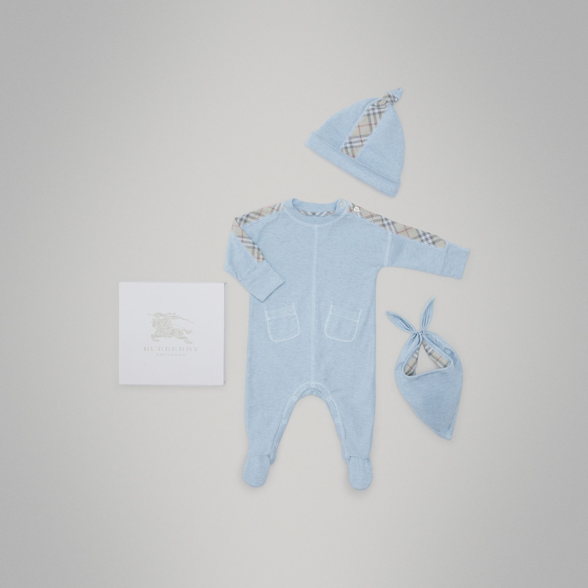 Check Cotton Three-piece Baby Gift Set in Pale Carbon Blue - Children | Burberry United Kingdom - gallery image 0