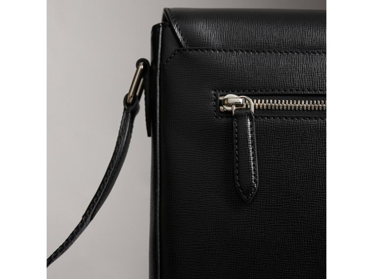 Medium London Leather Messenger Bag in Black - Men | Burberry United Kingdom - cell image 1