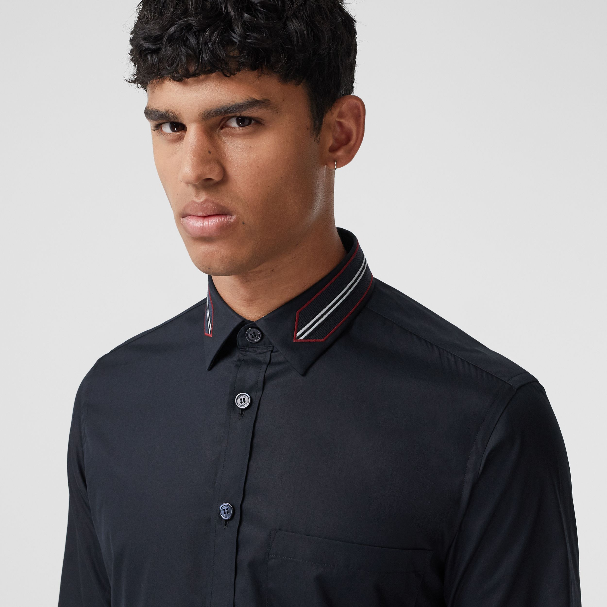 Slim Fit Icon Stripe Trim Cotton Poplin Shirt in Navy - Men | Burberry - 2