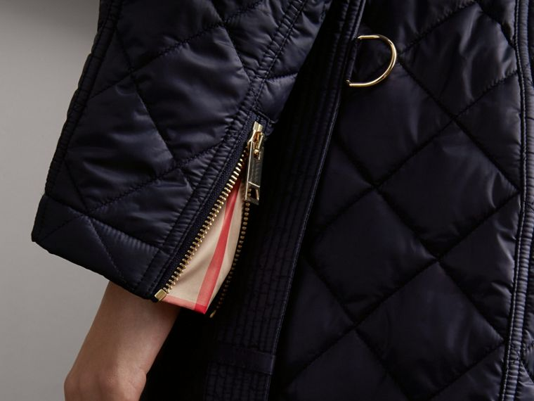 Detachable Hood Quilted Showerproof Parka in Ink - Women | Burberry - cell image 4