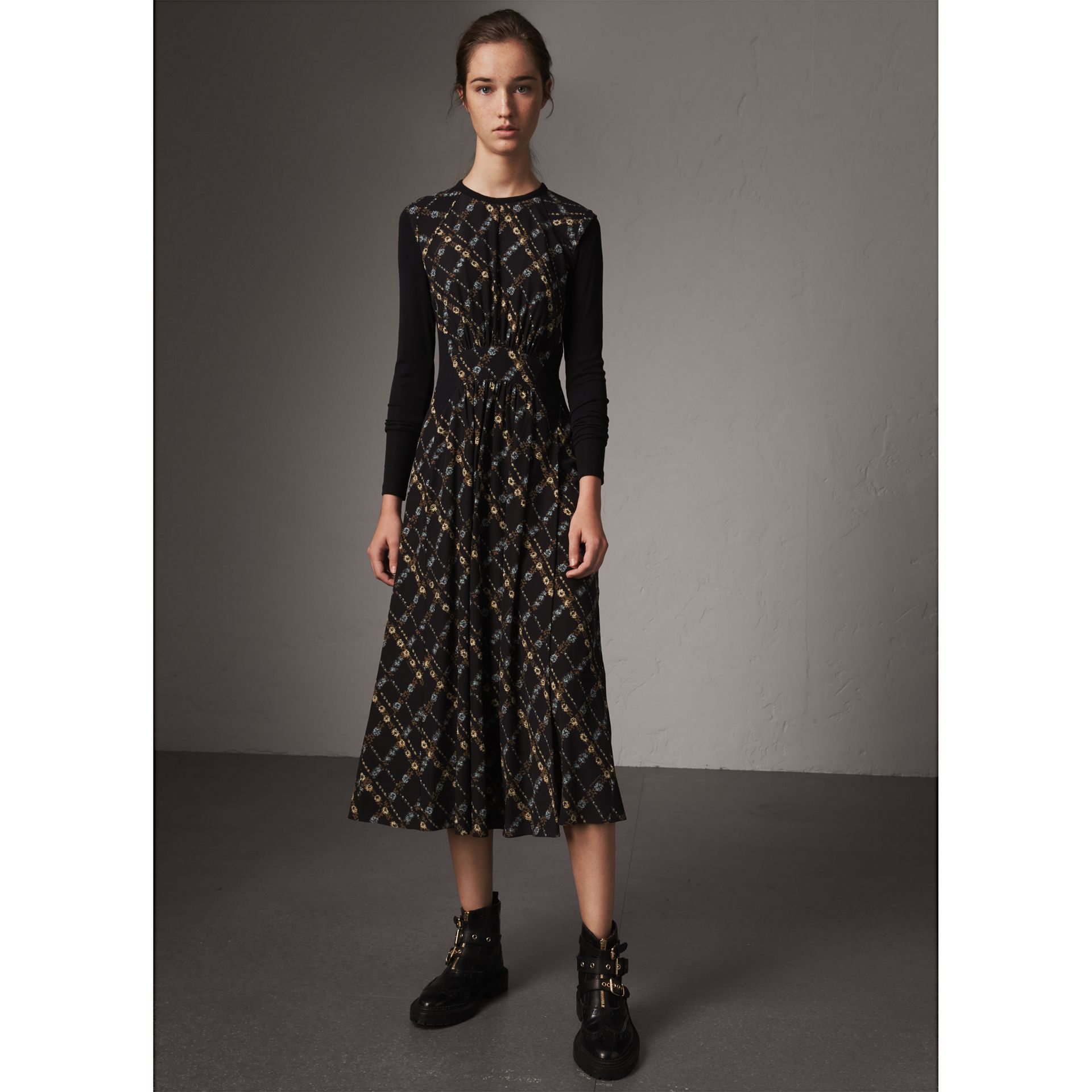 Long-sleeve Lattice Floral Print Silk Gathered Dress in Black - Women | Burberry - gallery image 4