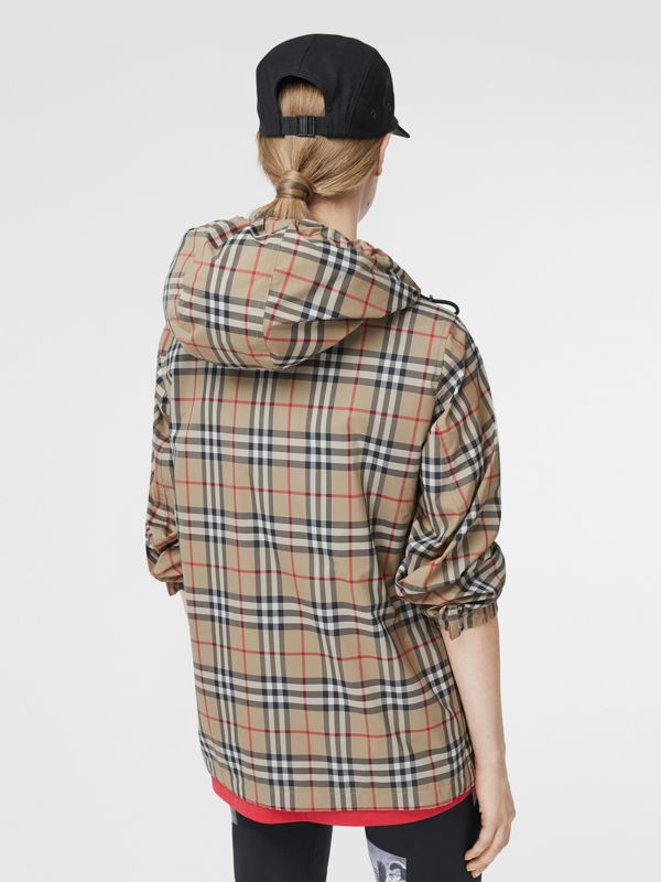 Vintage Check Recycled Polyester Hooded Jacket in Archive Beige - Women | Burberry - cell image 2